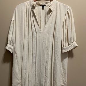 Women's Ann Taylor White Pleated blouse Size S